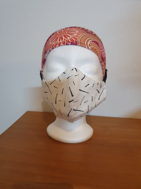 Haarband roodbedrukt ook voor mondmasker