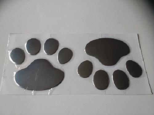 Sticker met kattenpootjes